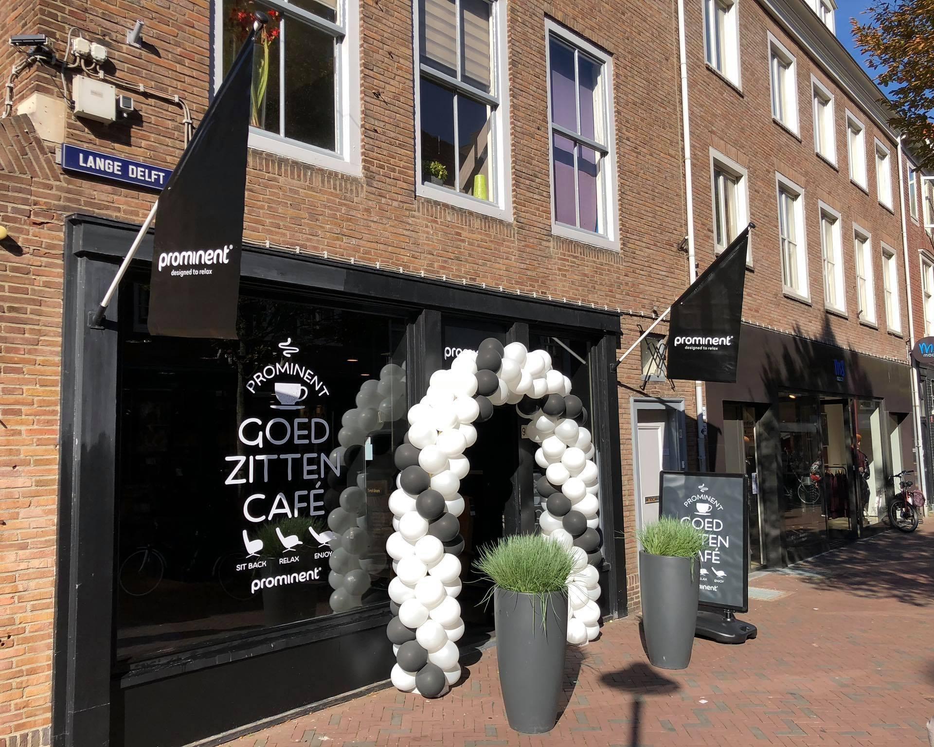 Afbeelding #000 voor het verhaal Terug in de Lange Delft: het Prominent Goed Zitten Café