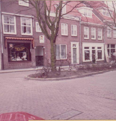 Afbeelding #001 voor het verhaal Terug in de Middelburgse tijd met oud-kapper Roland de Wit