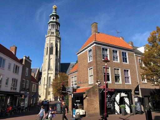 Afbeelding #000 voor het verhaal Tijdelijk geopend in Middelburg: het Prominent 'Goed Zitten Café'