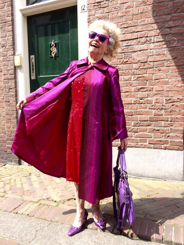 Afbeelding #001 voor het verhaal Truus van 't Hoge is De Stad!
