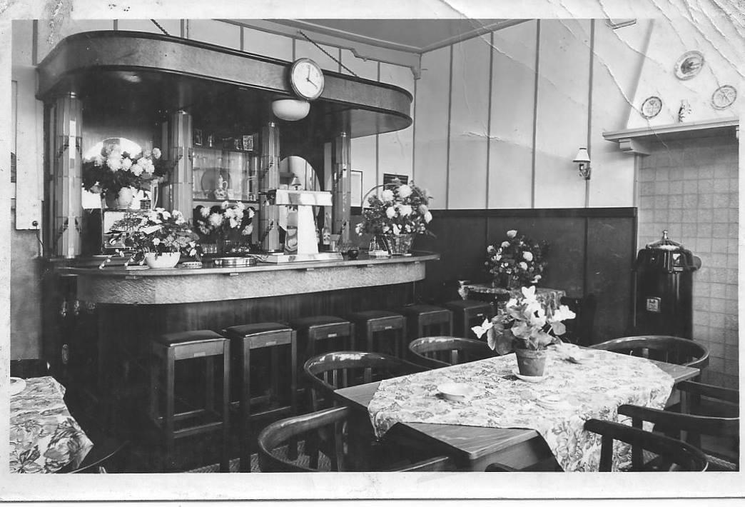 Afbeelding #001 voor het verhaal Uit de Middelburgse geschiedenis: het café van Piet Vogel