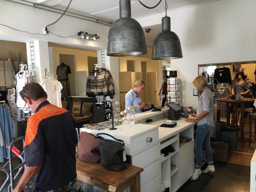Afbeelding #004 voor het verhaal Van wie bin jie d'r één? Twee keer op bezoek bij Mundo Concept in Middelburg