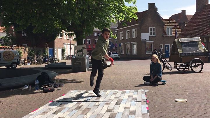 Afbeelding #000 voor het verhaal Video: Breakdance in Middelburg, 6 mei 2017