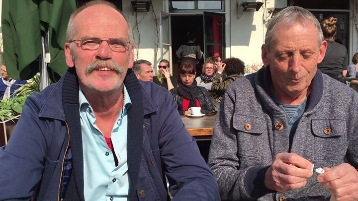 Afbeelding #000 voor het verhaal Video: de gebroeders Antheunisse zijn terug, met 'Huurdersliefenleed in Middelburg'