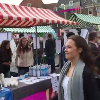 Afbeelding #000 voor het verhaal Video: Jong Ondernemen op de Markt in Middelburg