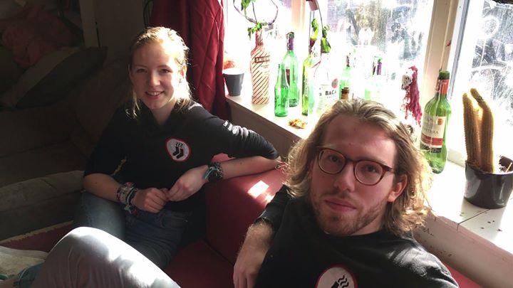 Afbeelding #000 voor het verhaal Video: praten over Stukafest Middelburg 2017, in Bagijnhof 1