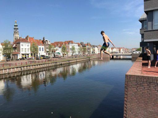 Afbeelding #000 voor het verhaal Vroeg zomer: Buitenbad Middelburg weer geopend