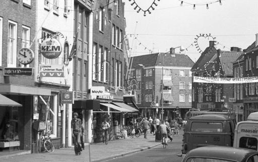 Afbeelding #002 voor het verhaal Wandelen door de Lange Delft in Middelburg, 1970-1988
