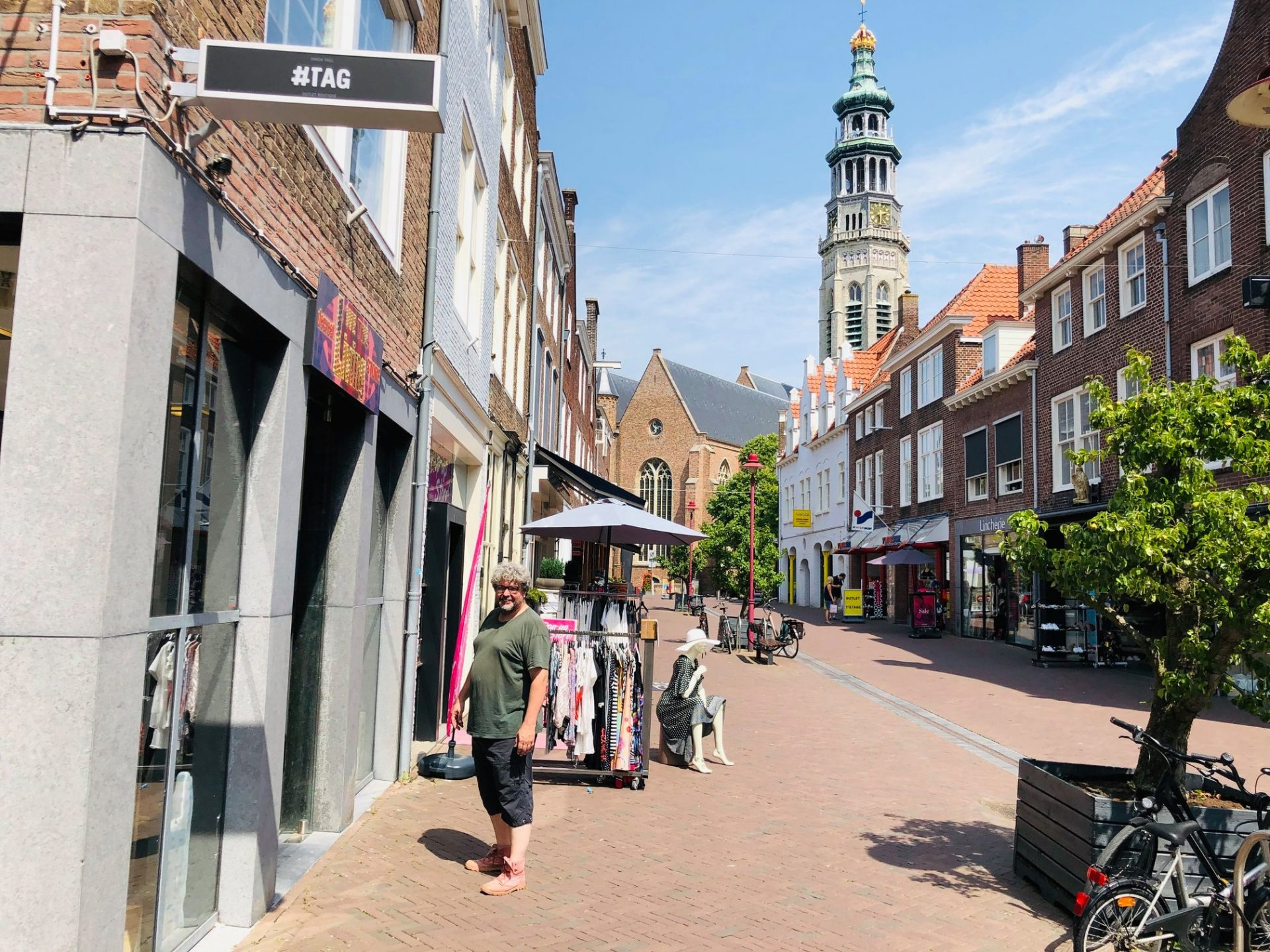 Afbeelding #000 voor het verhaal We the living Decreet Store geopend in de Nieuwe Burg