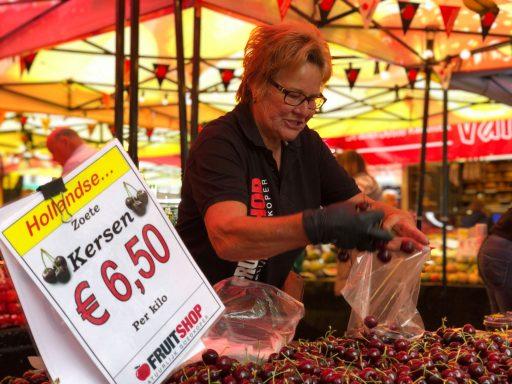 Afbeelding #004 voor het verhaal Welkom bij de VOM, Fruitshop!