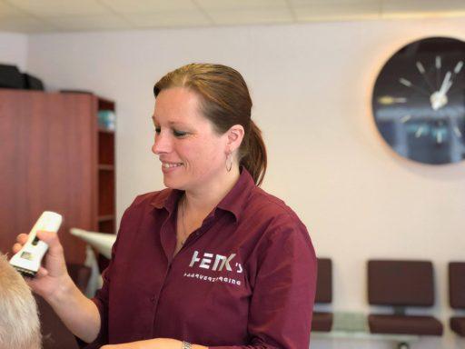 Afbeelding #003 voor het verhaal Welkom bij de VOM, Henk's Haarverzorging!