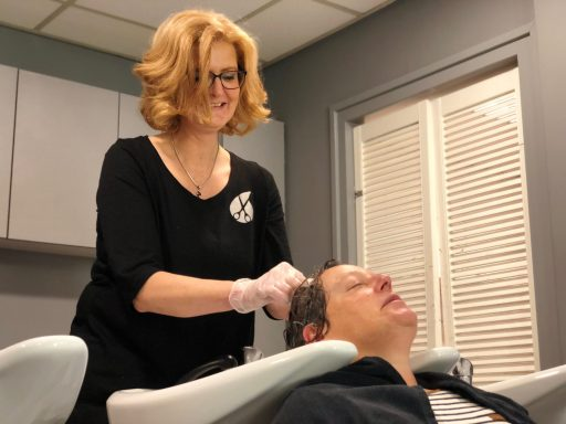 Afbeelding #003 voor het verhaal Welkom bij de VOM, Perfect Hairstyling!