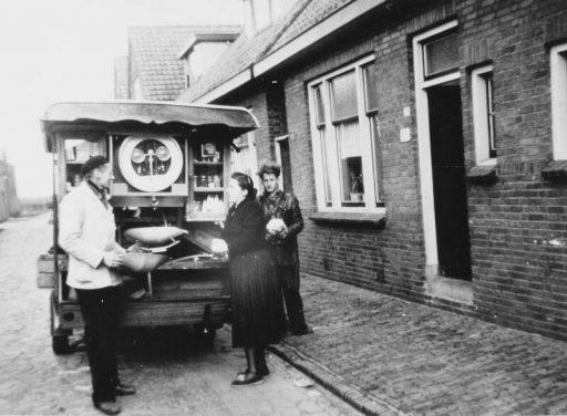 Afbeelding #002 voor het verhaal Wie kent de Middelburgse melkboeren nog?