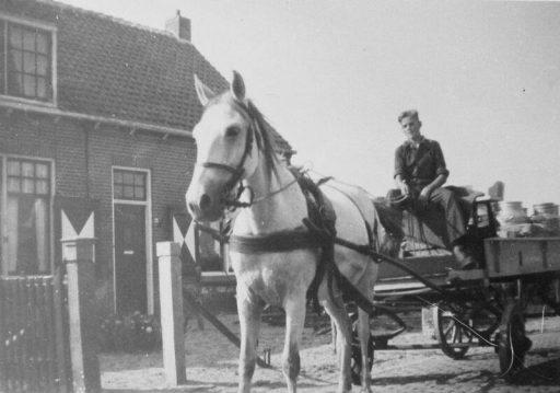 Afbeelding #003 voor het verhaal Wie kent de Middelburgse melkboeren nog?
