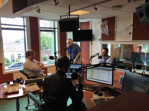 Afbeelding #000 voor het verhaal Wij zijn De Stad te gast bij Dick Anbeek en Omroep Zeeland.