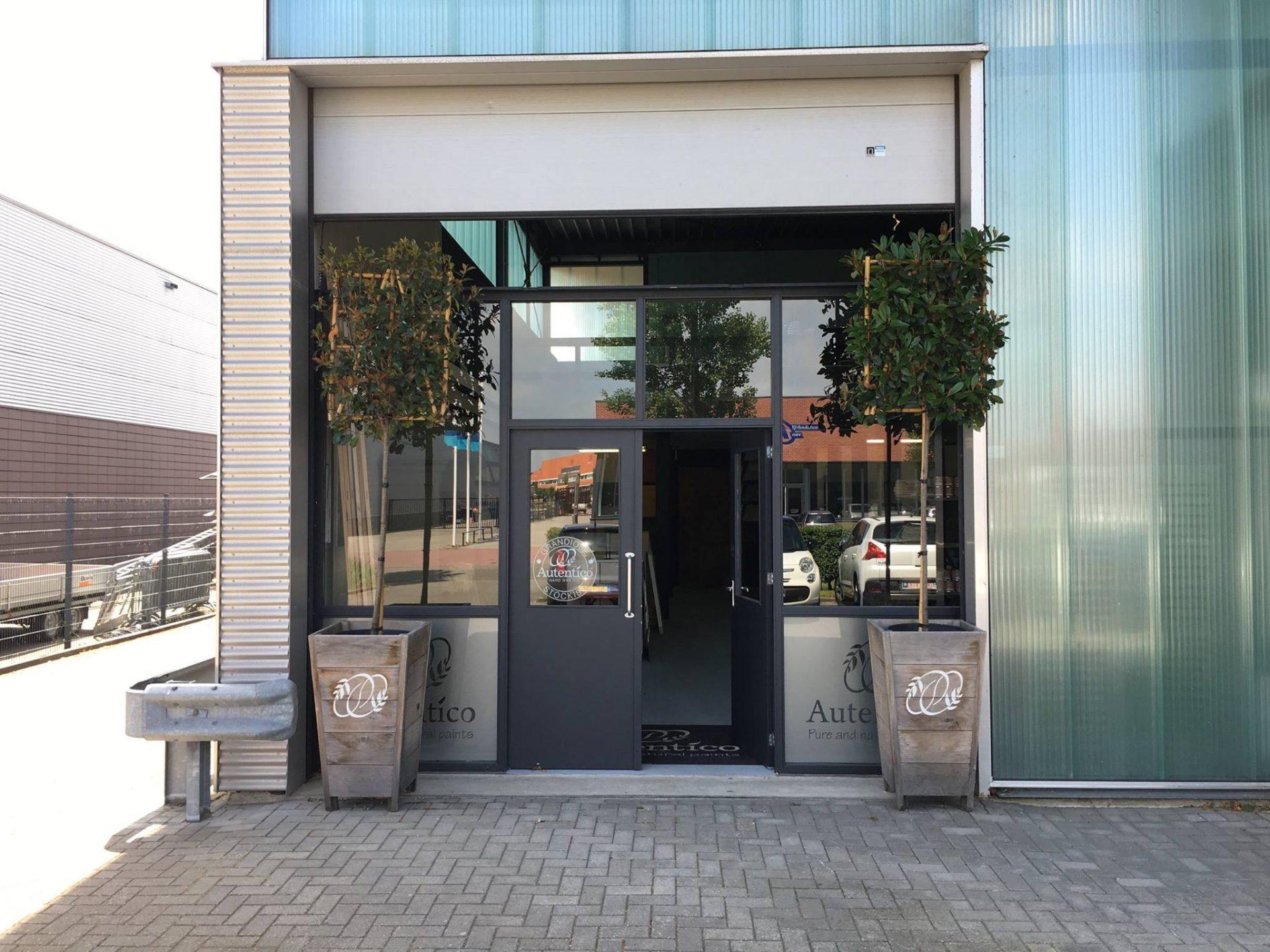 Afbeelding #000 voor het verhaal Workshops kalkverven bij Autentico Paint in Middelburg