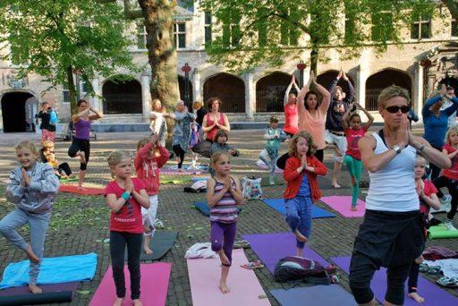 Afbeelding #000 voor het verhaal Yoga Health Event Abdijplein Middelburg