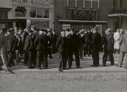 Afbeelding #013 voor het verhaal Zeeuwse boertjes op de weekmarkt in Middelburg, oktober 1950