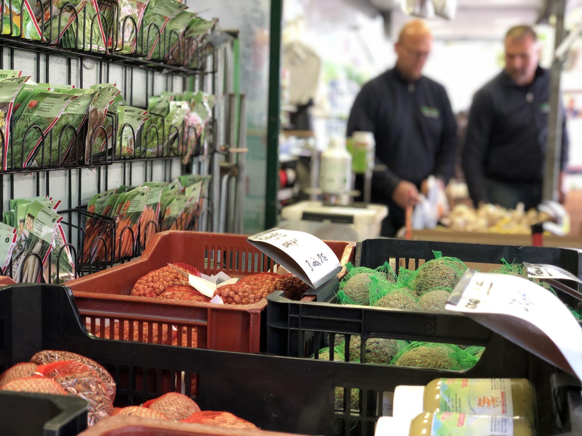 Afbeelding #001 voor het verhaal Zij zijn De Markt! Een kijkje in de kraam van Tuin de Bruijn