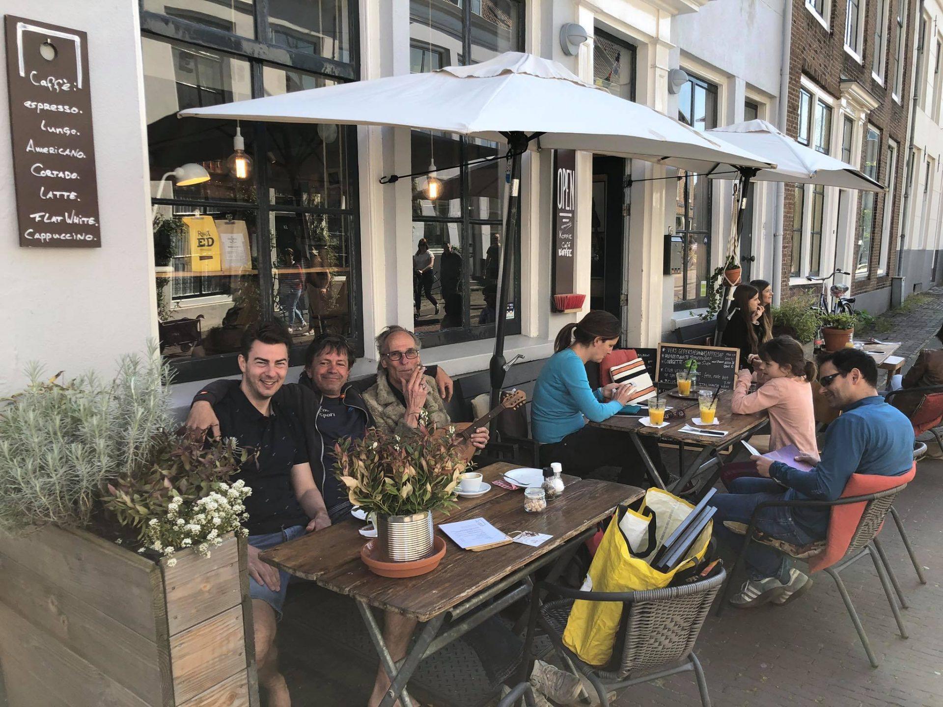 Afbeelding #009 voor het verhaal Zonnige Middelburgse terrassen, 20 april 2019
