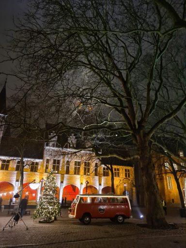 Afbeelding #004 voor het verhaal Joris' Kerstboom ook dit jaar vanuit Middelburg…in stilte