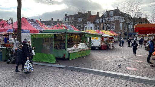 Afbeelding #003 voor het verhaal De Mediterraanse specialiteiten van Nazir Ahmed op Weekmarkt Middelburg
