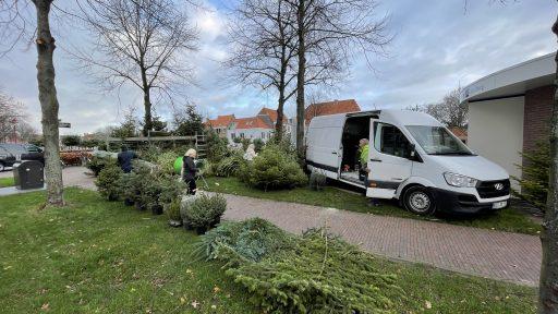 Afbeelding #001 voor het verhaal Piet Vreugdenhil weer gestart met de verkoop van Kerstbomen