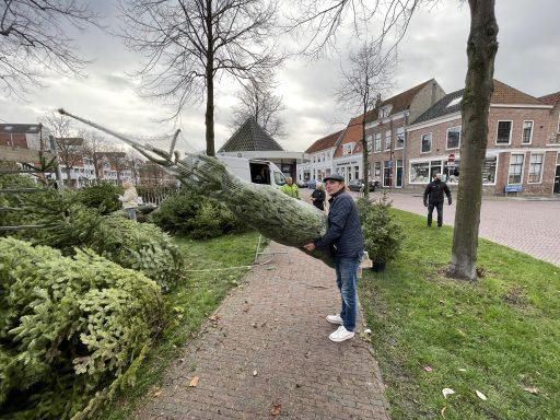 Afbeelding #002 voor het verhaal Piet Vreugdenhil weer gestart met de verkoop van Kerstbomen