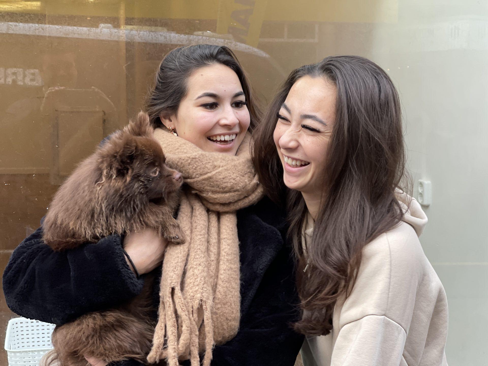 Afbeelding #001 voor het verhaal Binnenkort in de Lange Delft: Plenty Sisters