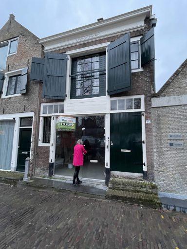 Afbeelding #003 voor het verhaal Gwenny Engels opent kapsalon GWENN. in de Wijngaardstraat, in februari