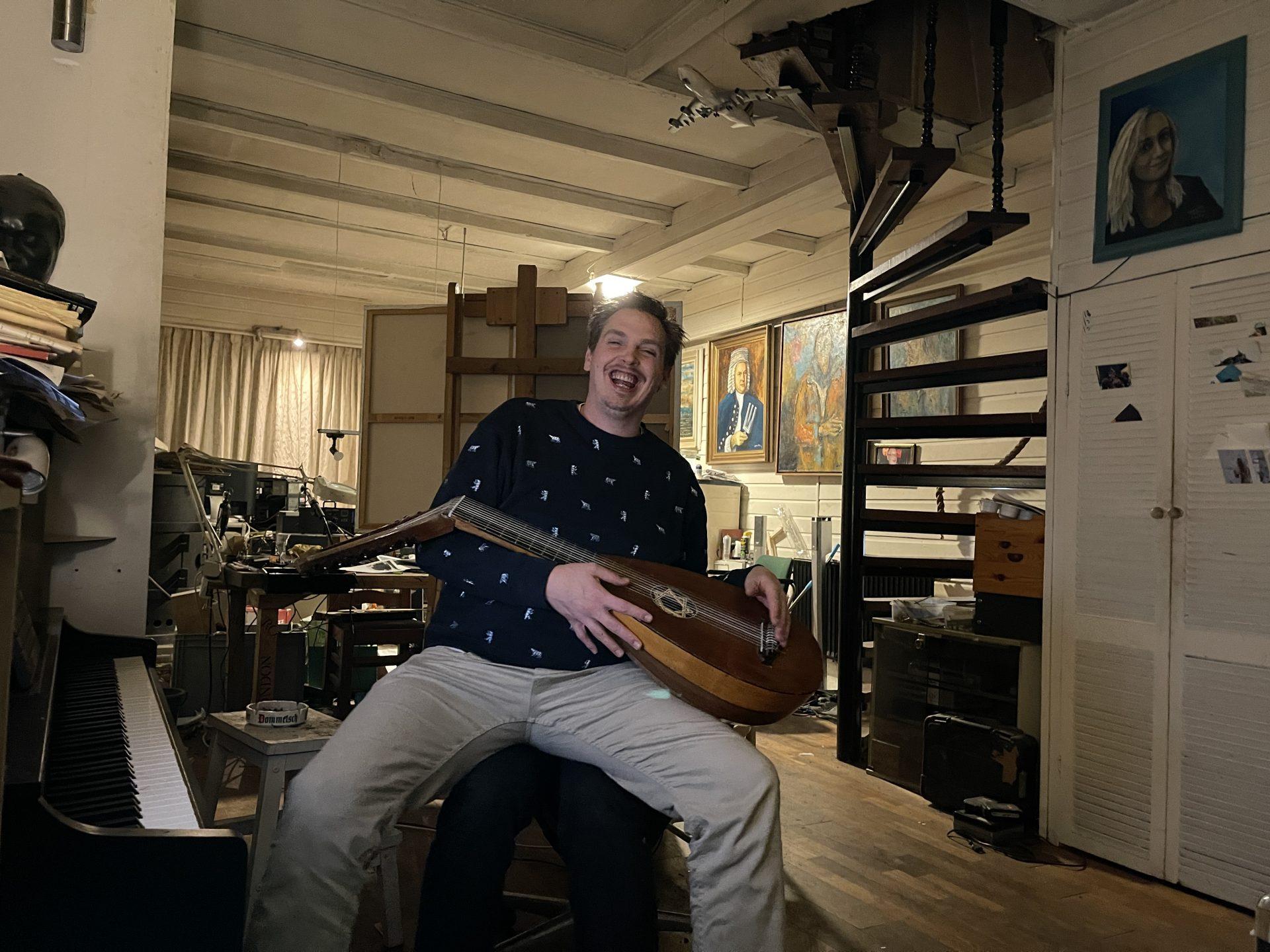 Afbeelding #001 voor het verhaal Dirk van der Plas: ook pianist