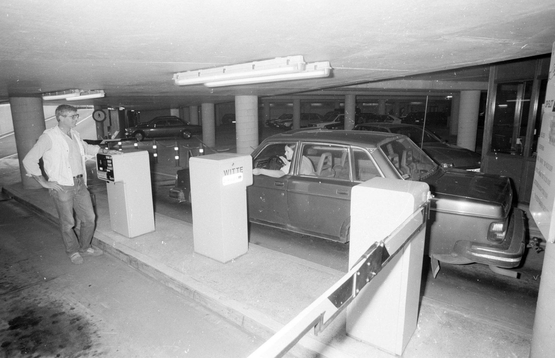 Afbeelding #003 voor het verhaal Werken bij Parkeerbeheer in Middelburg in de jaren negentig