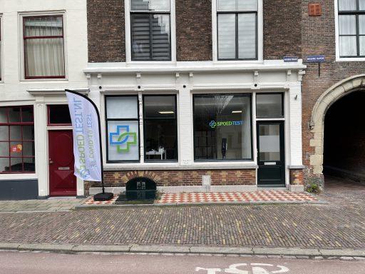 Afbeelding #001 voor het verhaal Spoedtest.nl opent commerciële coronatestlocatie in de Hoogstraat in Middelburg