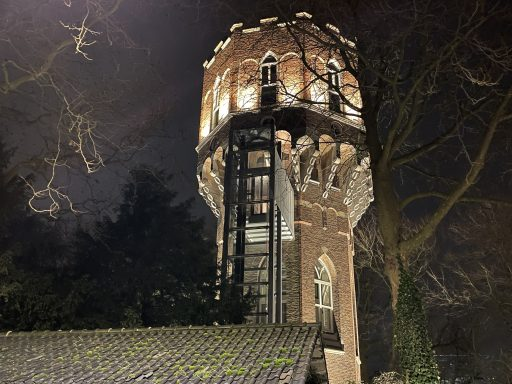 Afbeelding #004 voor het verhaal Watertoren Middelburg nu ook in de schijnwerpers