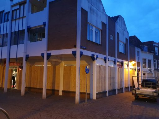 Afbeelding #004 voor het verhaal Middelburg neemt maatregelen tegen tegen mogelijk 'coronaprotest'