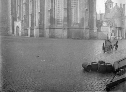 Afbeelding #010 voor het verhaal Over de geschiedenis van Middelburgse urinoirs