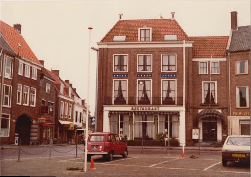Afbeelding #017 voor het verhaal Van Nederlands Koffiehuis tot Ko-Bus: uit de archieven van de familie Goossen