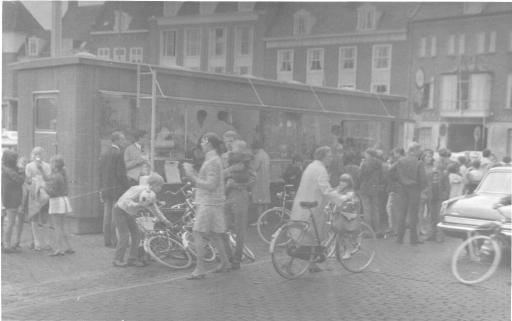 Afbeelding #028 voor het verhaal Van Nederlands Koffiehuis tot Ko-Bus: uit de archieven van de familie Goossen