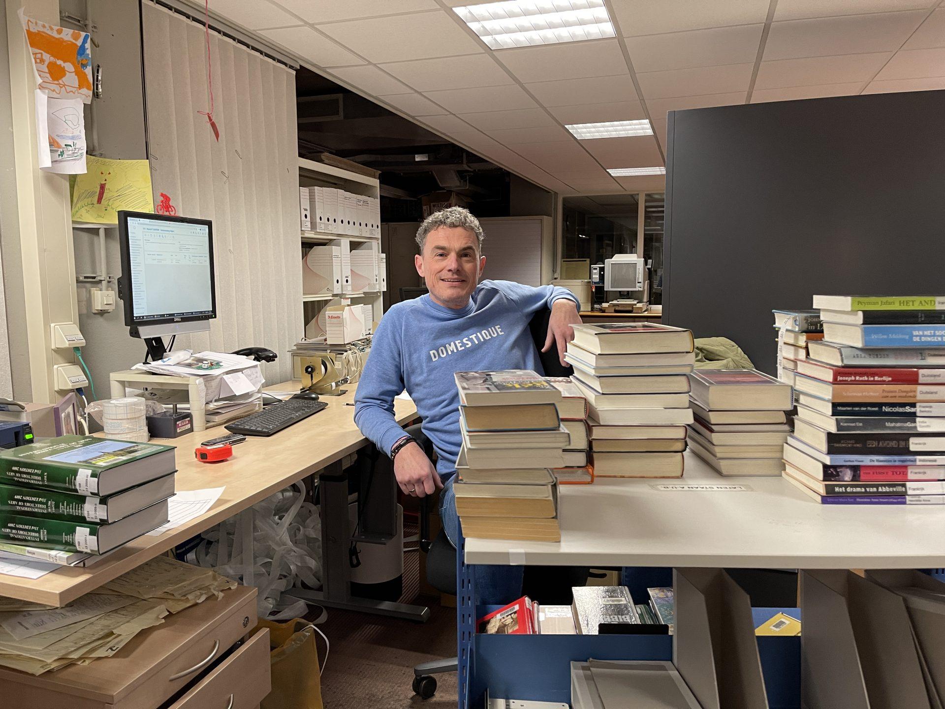 Afbeelding #000 voor het verhaal Werken in lockdown 2021: Johan Louwerse, schatkamerbewaarder van ZB