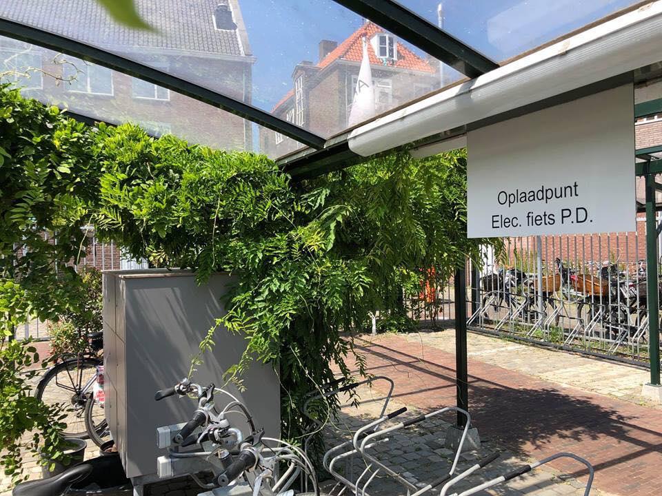 Afbeelding #001 voor het verhaal Gezocht: vrijwilligers voor de openbare fietsenstalling en toiletten op het Zusterplein