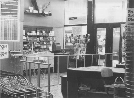 Afbeelding #018 voor het verhaal Middelburg-Zuid, jaren 60: de opening van Winkelcentrum Welsinge en Supermarkt Raas