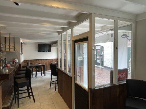 Afbeelding #002 voor het verhaal Café Nummer Vijf in de Herenstraat: klaar voor de opening
