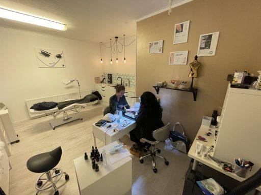 Afbeelding #003 voor het verhaal Studio Nanomi Nails & Lashes heropend aan de Nieuwe Vlissingseweg