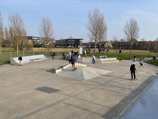 Afbeelding #009 voor het verhaal Middelburgse skaters starten petitie voor behoud skatebaan