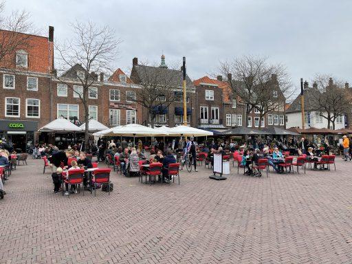 Afbeelding #000 voor het verhaal De Middelburgse terrassen zijn weer open!