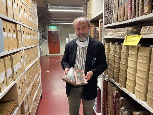Afbeelding #001 voor het verhaal Aanwinst ZB: het vlaggenboek van Cornelis Vis