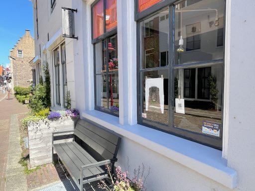 Afbeelding #003 voor het verhaal Reizende Tentoonstelling & culinaire wandeling WE ARE bezoekt Middelburg