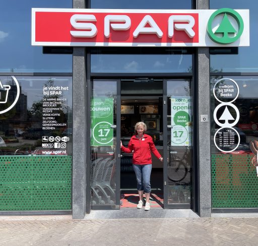 Afbeelding #028 voor het verhaal Heropend! De nieuwe Spar van de familie Beeke in Middelburg