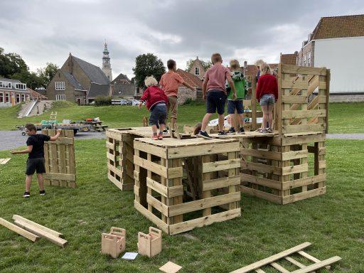 Afbeelding #002 voor het verhaal Spelen in de zomervakantie: de activiteiten in Middelburg van Welzijn Middelburg en Kunsteducatie Walcheren