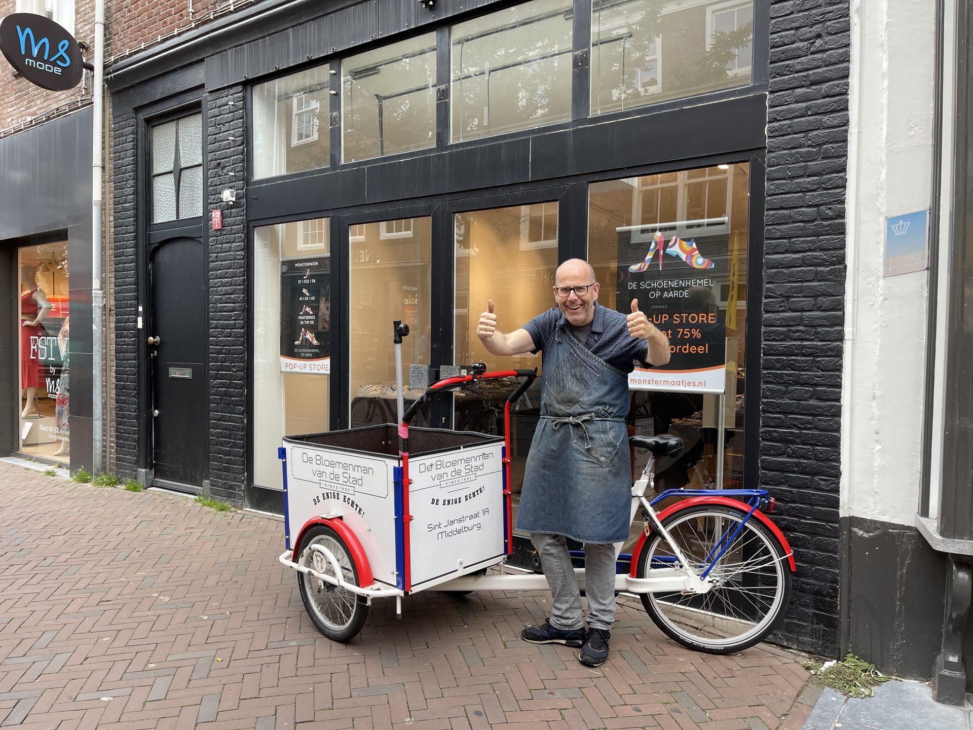 Afbeelding #001 voor het verhaal De Bloemenman van de stad verhuist naar de Lange Delft in november
